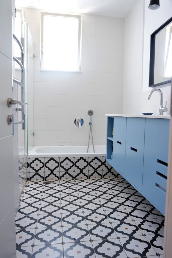 תכנון ועיצוב מקלחת ילדים אייר שפירא